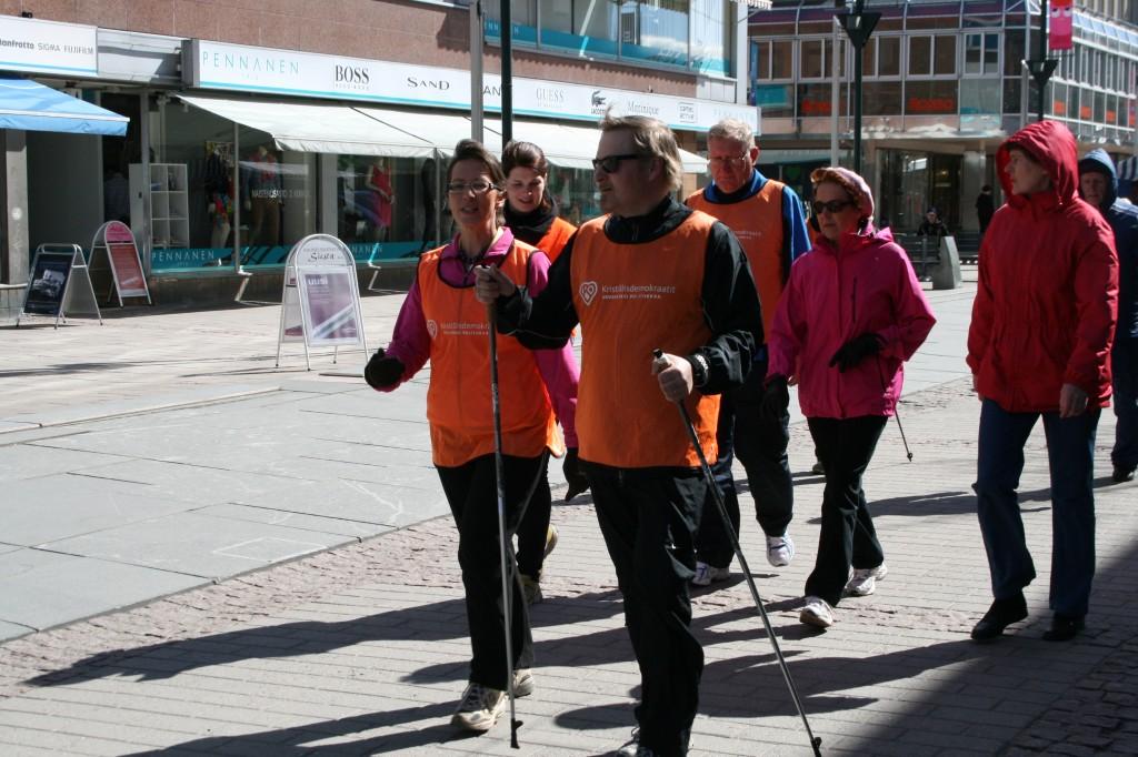 Kävelytapahtuma Kouvolassa 2.5.2013